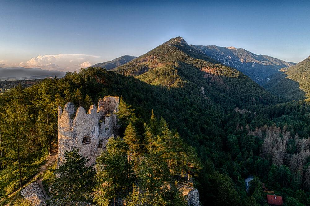 Čarovné hrady a zámky